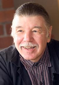 Professor Robin Metz